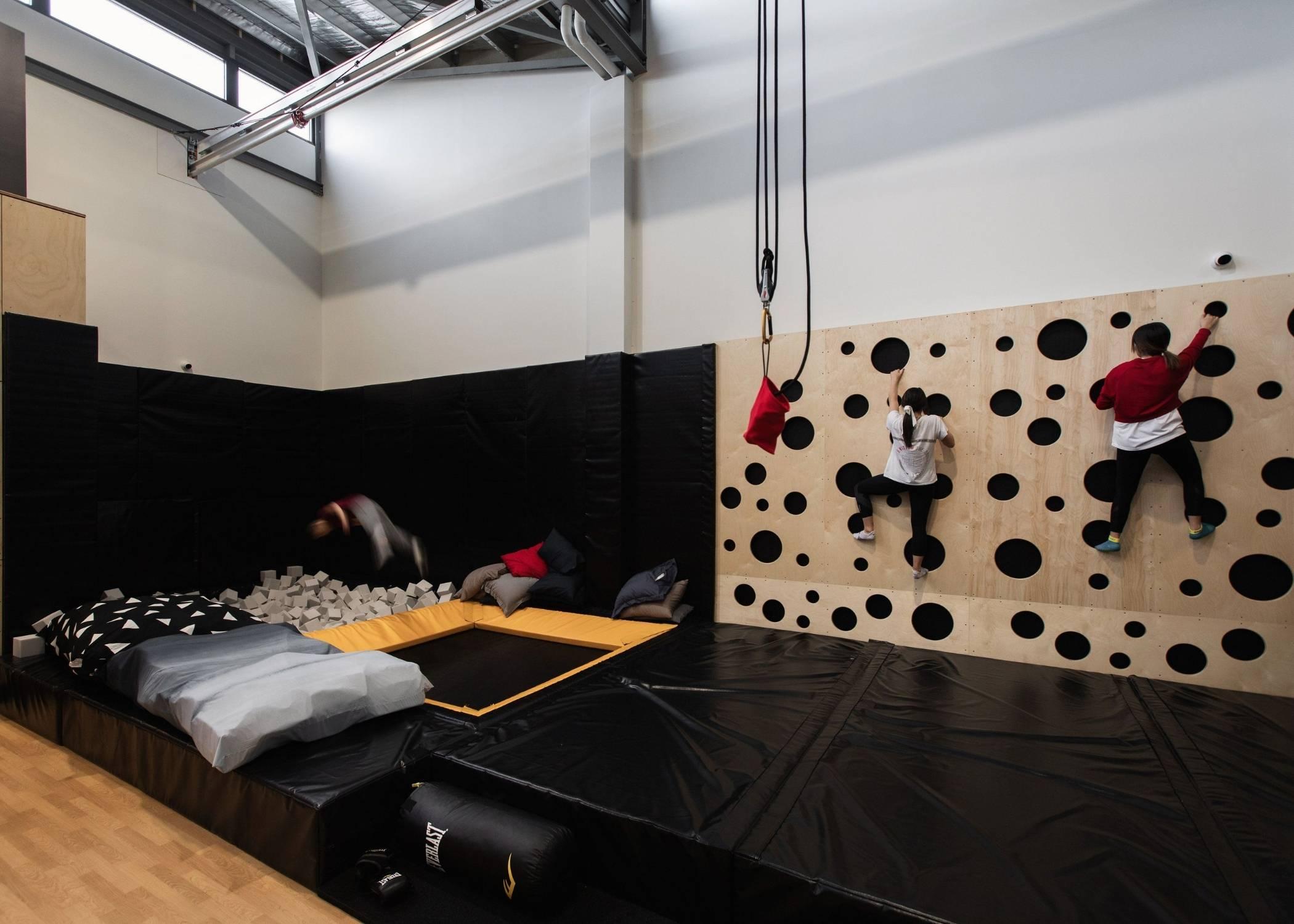 climbing wall wholesaler