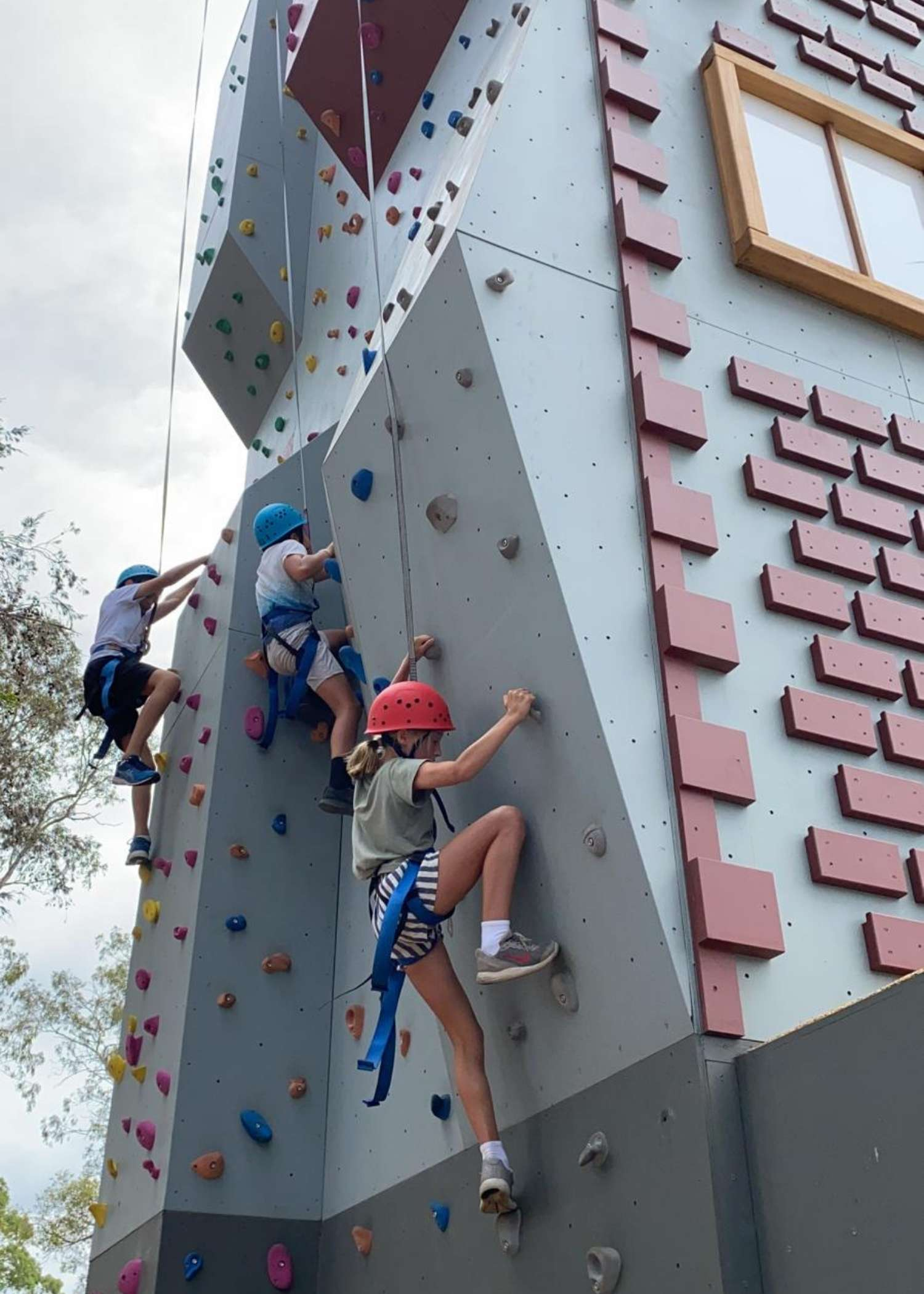install rock climbing wall, school rock climbing wall
